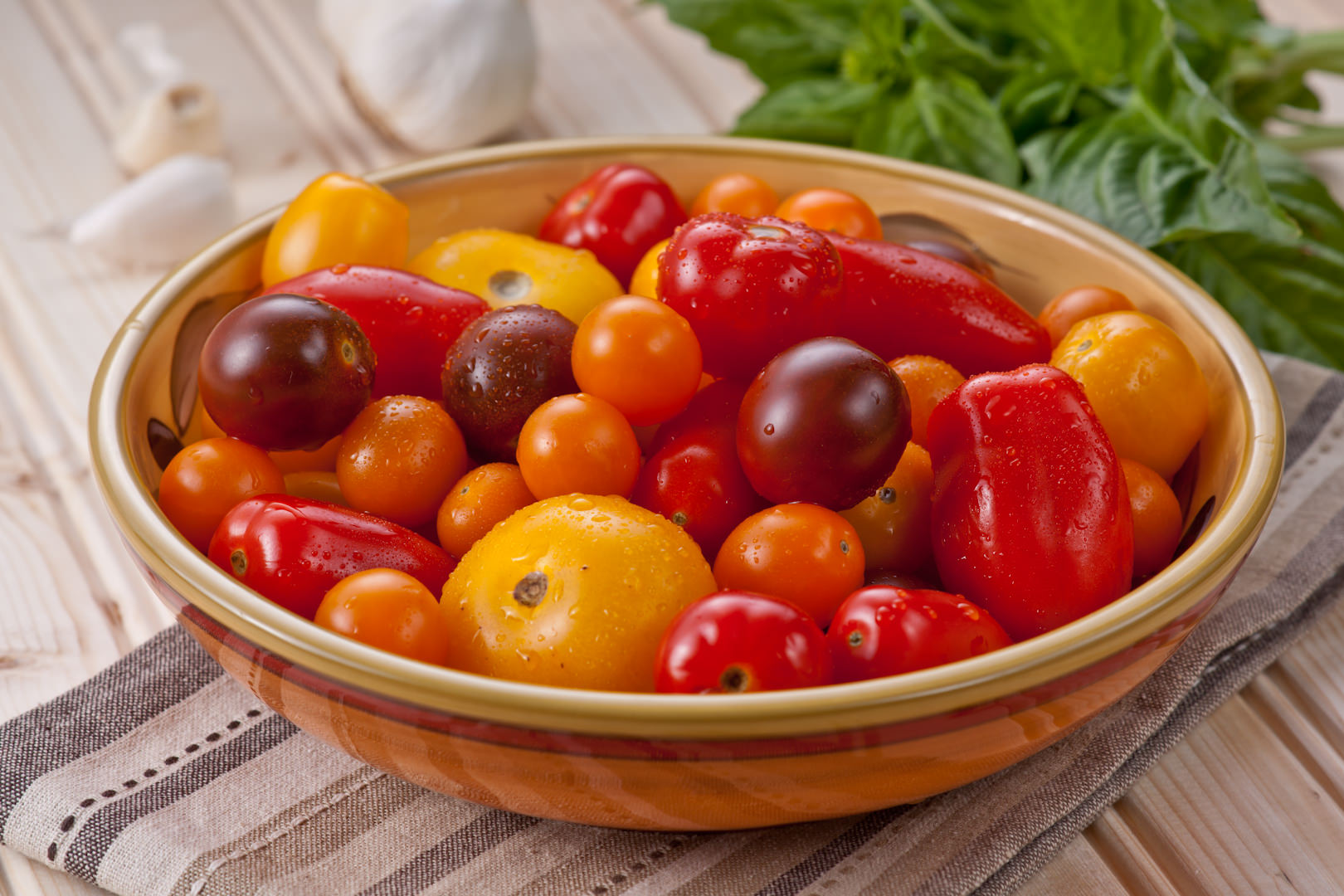Bowl of Tomatoes  | Theresa Fernandez Photography | Dallas Food Photographer