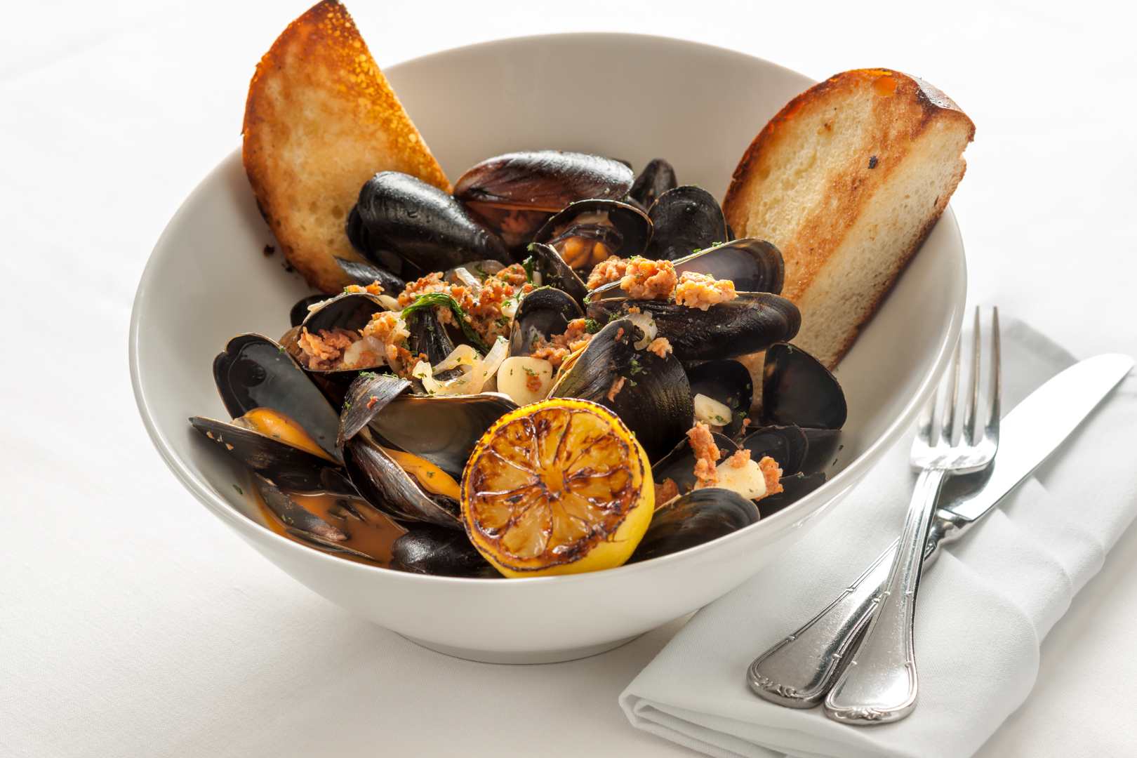 EI Mussels and Chorizo - III Forks - Theresa Fernandez Photography | Dallas Food Photographer